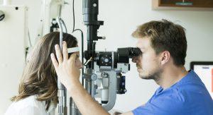 Hornhaut Behandlung im Augenzentrum Nymphenburger Höfe München